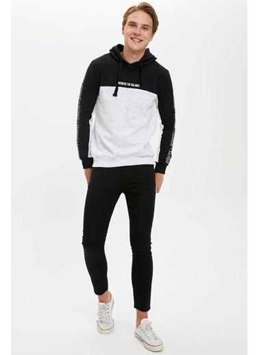 DeFacto Kapüşonlu Slim Fit Sweatshirt Siyah